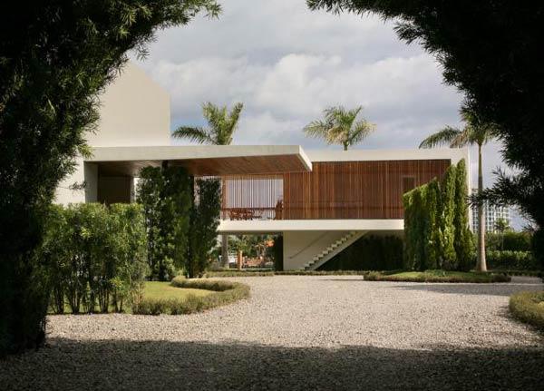 Arquitetura e Decoração de casa em Miami - entrada