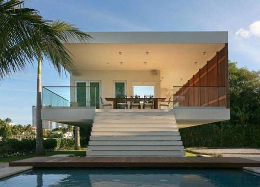 Arquitetura e Decoração de casa em Miami escadaria area externa
