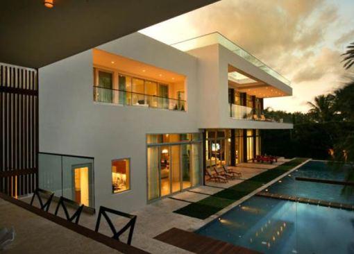 Arquitetura e Decoração de casa em Miami fim de tarde 02