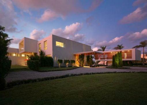 Arquitetura e Decoração de casa em Miami fundos da casa