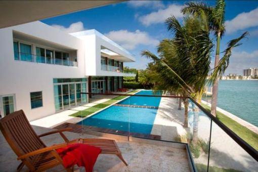 Arquitetura e Decoração de casa em Miami Piscina