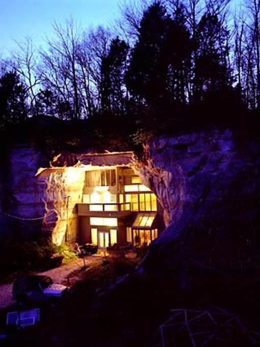 Decoração e arquitetura de casa em caverna 001