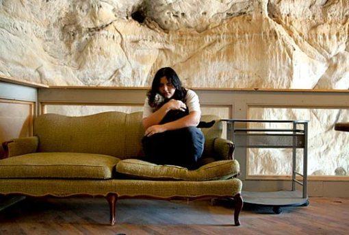 Decoração e arquitetura de casa em caverna 007