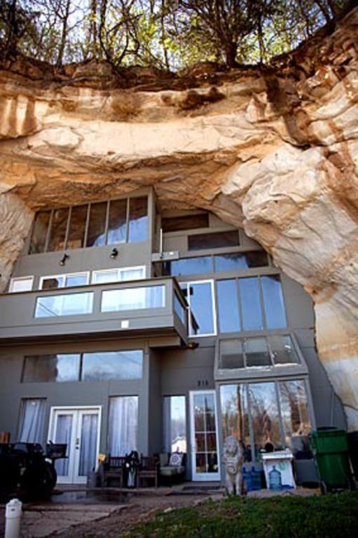 Decoração e arquitetura de casa em caverna