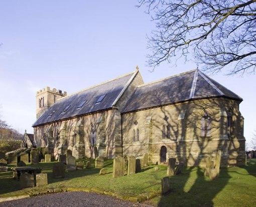 Arquitetura e decoração de casa em igreja 001