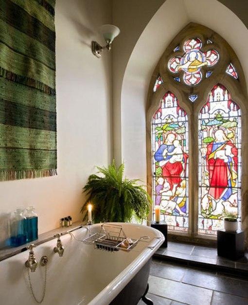 Arquitetura e decoração de casa em igreja - Decoração de Banheiro com Banheira Vitoriana