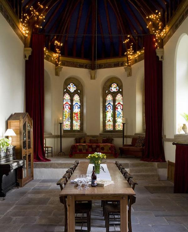 Arquitetura e decoração de casa em igreja - Decoração de sala de jantar