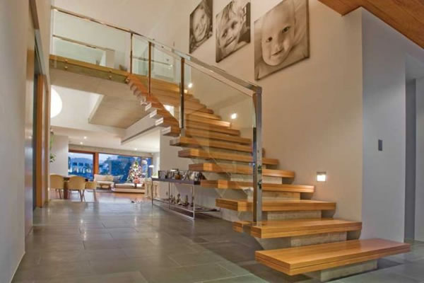 Dica de decoracao para casa - Arquitetura e decoração de  escadaria