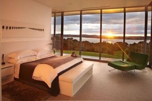 Arquitetura de casa na nova zelandia - dica de decoração de quarto de casal - por do sol