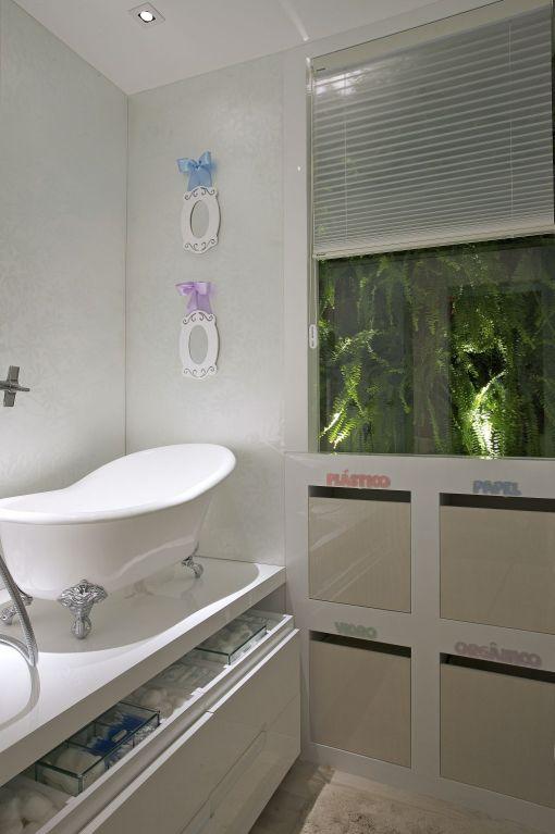 Dica de decoracao de quarto de bebe com banheira vitoriana de bebe - casa cor 2009 BH