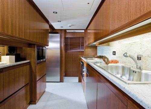 dica de decoração de interior de yacht - decoração de cozinha